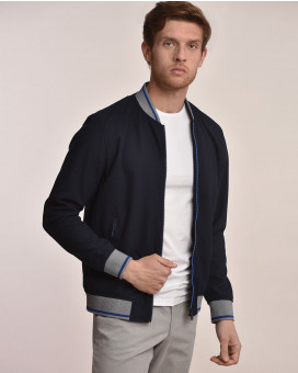Light weight bomber jacket slim fit