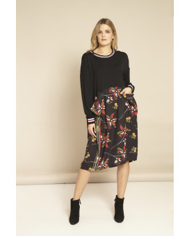 PLUS SIZE-Sporty style floral printed dress