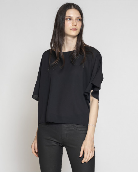 Single color minimal line top